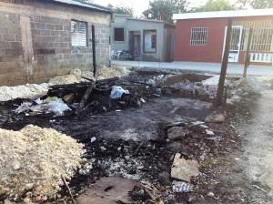 Casa de Eliana, quemada el Viernes Santo 2016 (1)